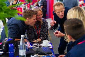 Silverstone corporate magician galleryFP